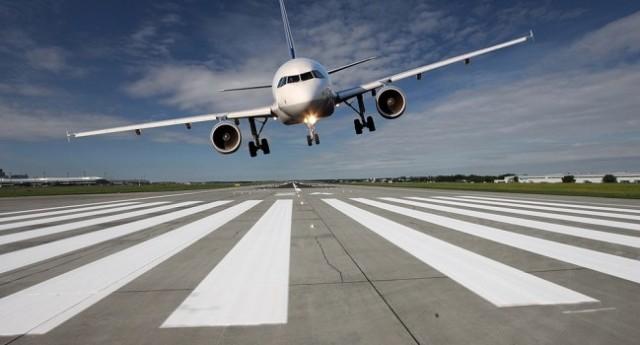 Aeroporto Zagabria : Non si apre il carrello del jet in fase di atterraggio