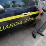 Tre lavoratori in nero in un'autofficina, multa di oltre 60mila euro al titolare