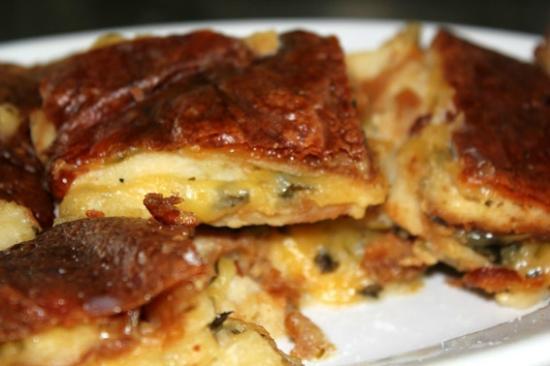 Ricetta Zuppa Gallurese.La Zuppa Gallurese Il Piatto Tipico Della Gastronomia Sarda